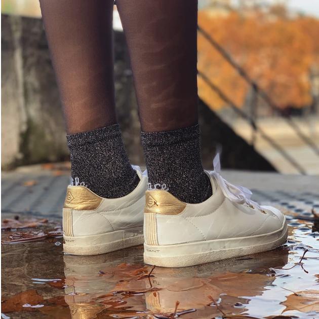 chaussettes et basket
